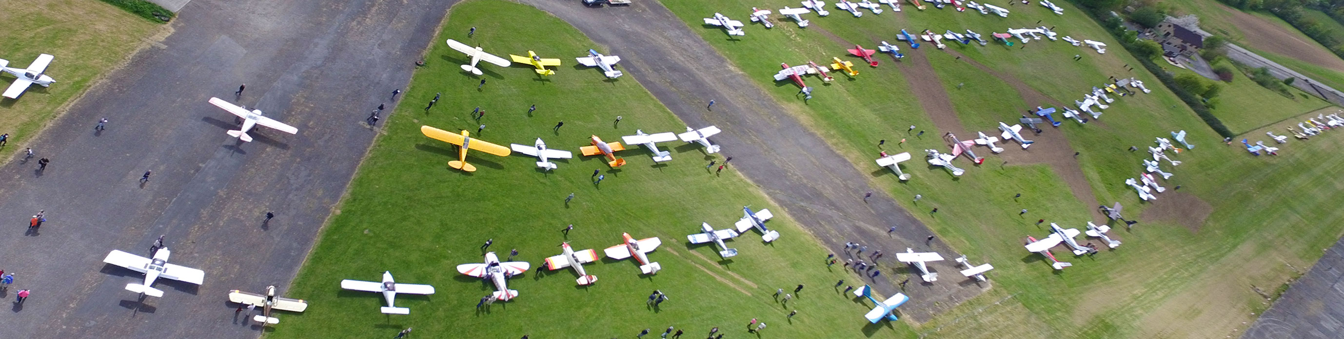 Wessex strut Annual fly-in April 2017 - aerial picture of aircraft parked on the grass!